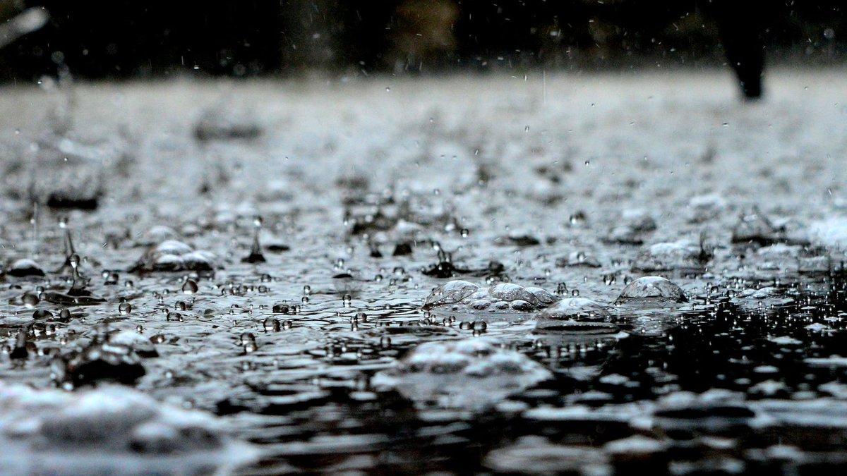 Flood warnings are in effect across Tucson.