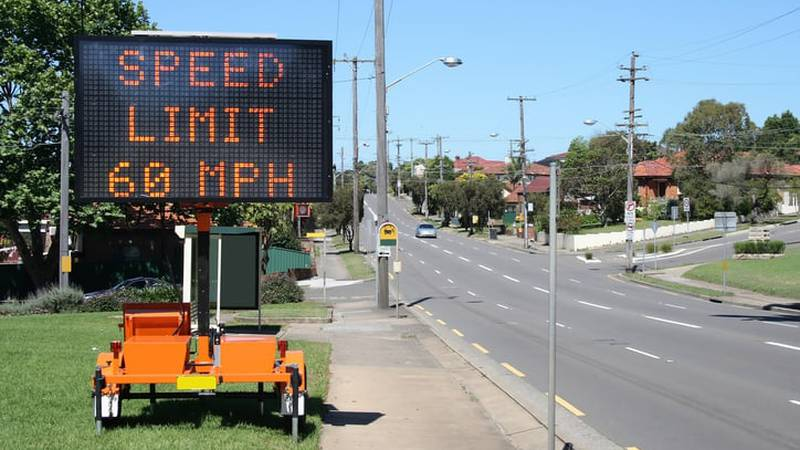 Experts warn against breaking into electronic street signs
