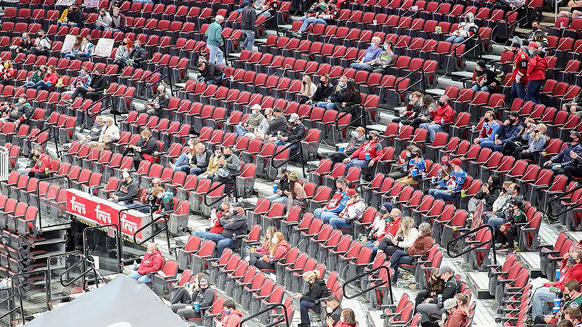 Superspreader events': Experts worry hockey arenas a toxic formula for  COVID-19