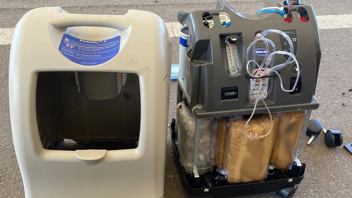 U.S. citizen arrested after attempting to smuggle drugs.