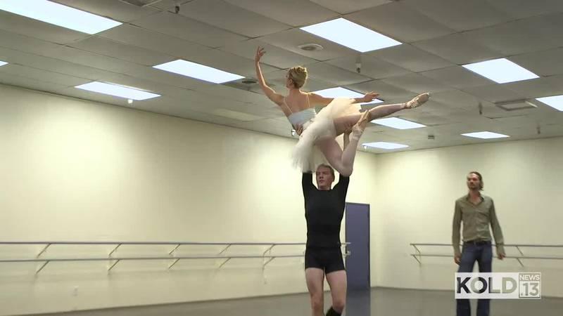 Ballet Tucson prepares for Nutcracker Ballet performances