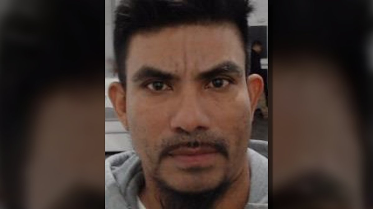 Federal authorities said Fredy Zuniga-Caceres, a convicted felon, was caught trying to sneak...