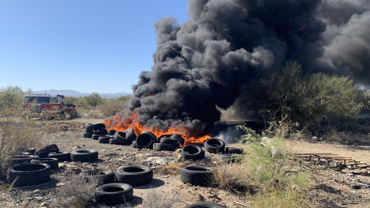 Green Valley Fire responds to waste fire southwest of Tucson