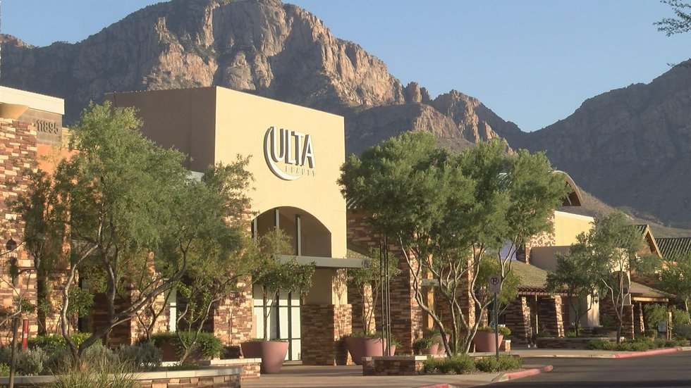 Oro Valley Marketplace loses Dick's Sporting Goods (Source: Tucson News Now)