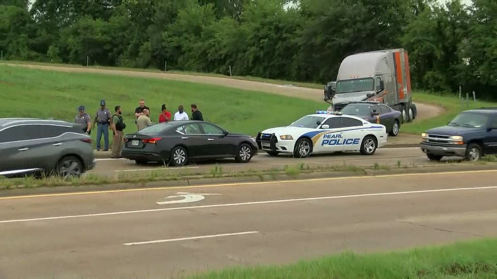 Police chased the suspect into Jackson
