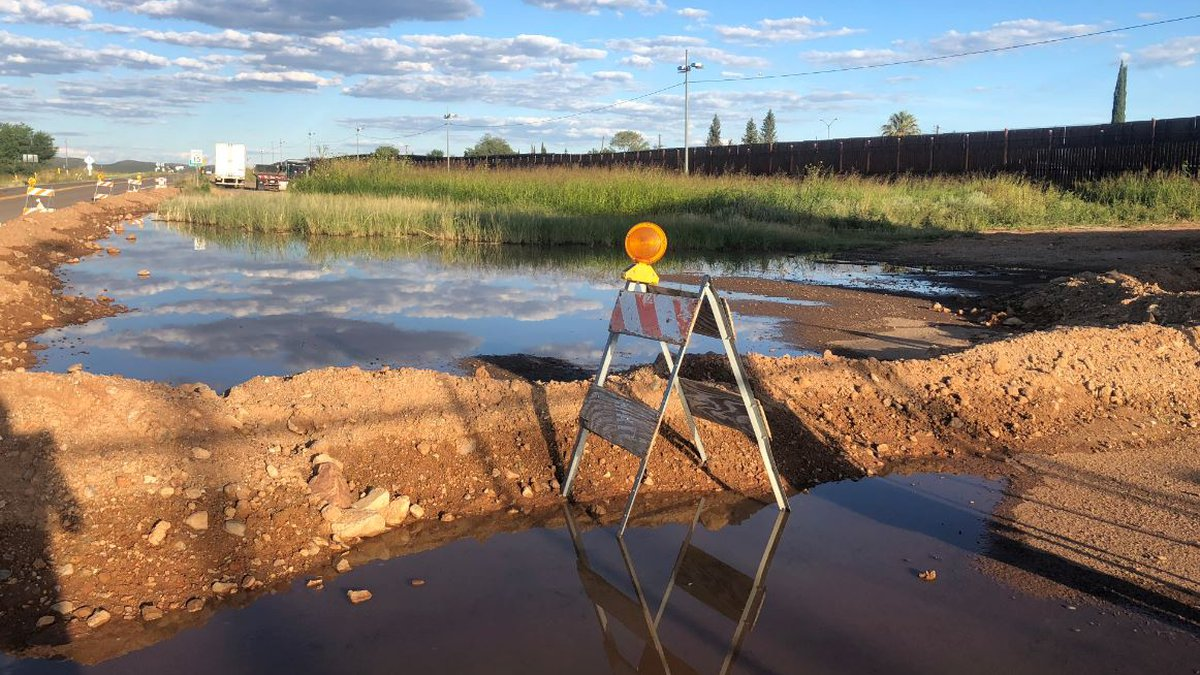 Sewage from Mexico flowing into neighborhoods in Naco. (Source: Tucson News Now)